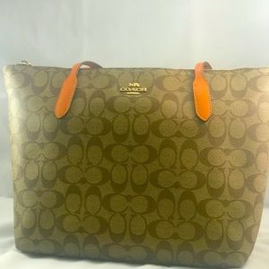Coach City ZipTop Signature Canvas/smooth leather.